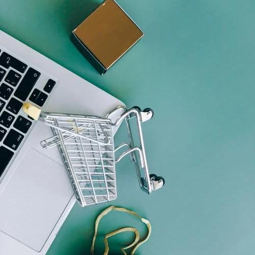 Materace online - czy warto kupować przez internet?